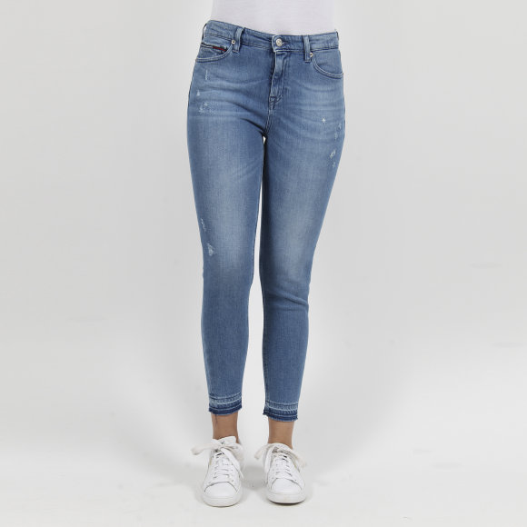 Image of   Mid rise skinny nora 7/8 crop
