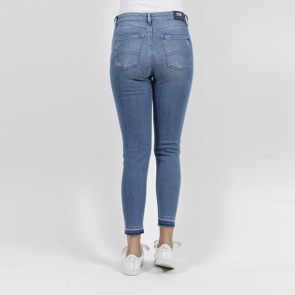 Tommy Jeans - Mid rise skinny nora 7/8 crop