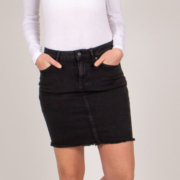 Image of   Pcaia mw dnm skirt