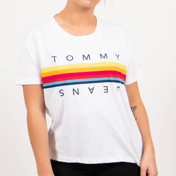 tjw multicolor line logo tee fra tommy jeans