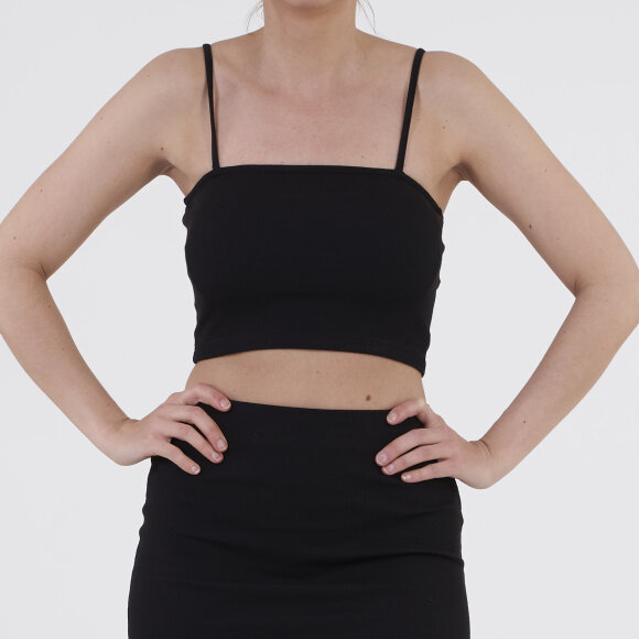 Image of   Pcmille crop top