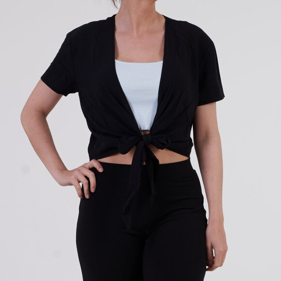Image of   Tie front cropped short sleeve