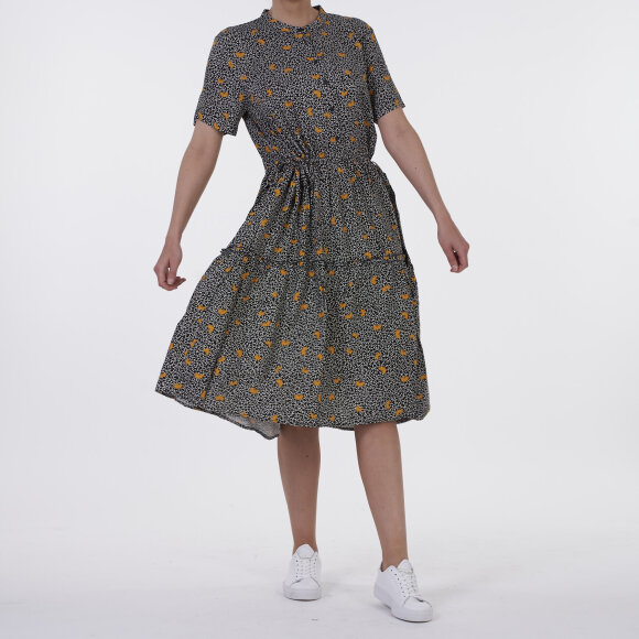 Image of   Leia dress aop