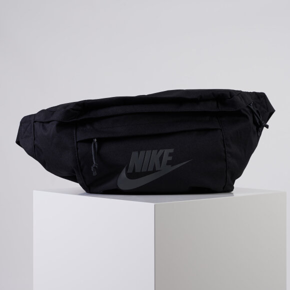nike Hip pack storage on the go på kingsqueens.dk