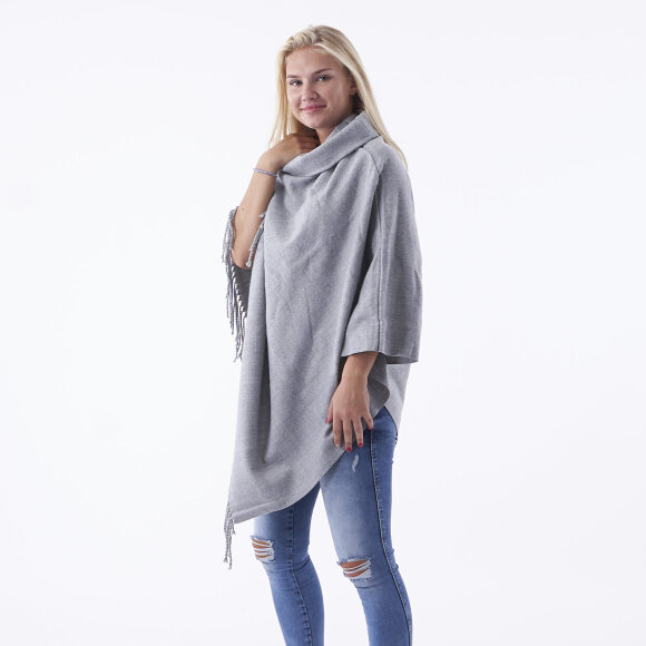 Image of   Objmarilyn wool poncho