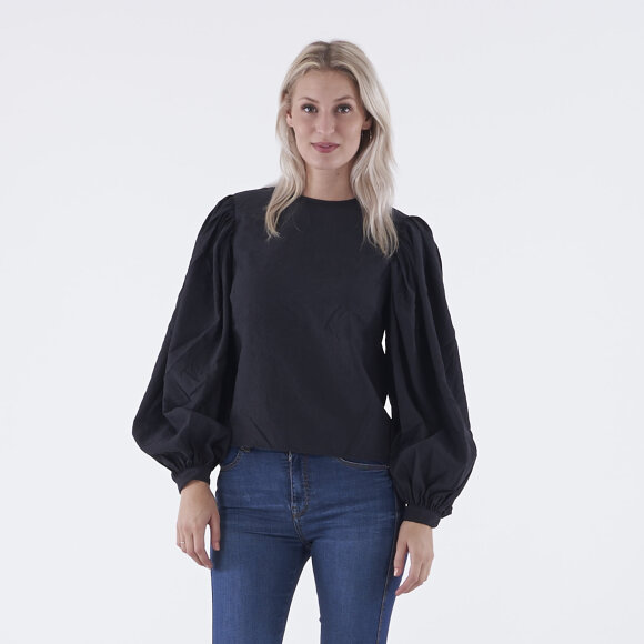 na-kd – Puff sleeve round neck top fra kingsqueens.dk