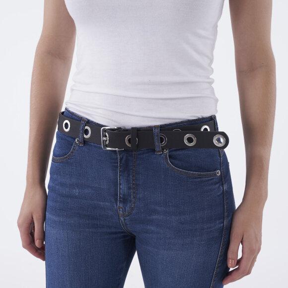 pieces – Pcsea jeans belt fra kingsqueens.dk