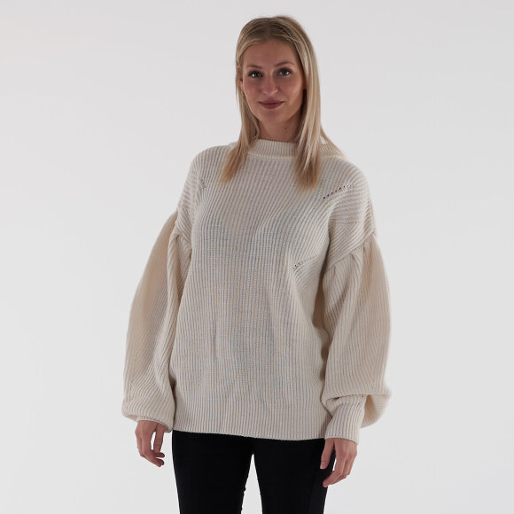Image of   Puff sleeve sweater
