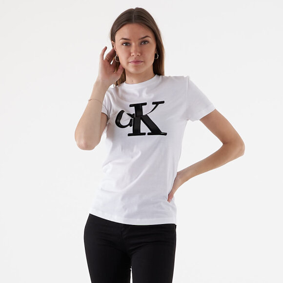 Image of   Flock monogram slim tee