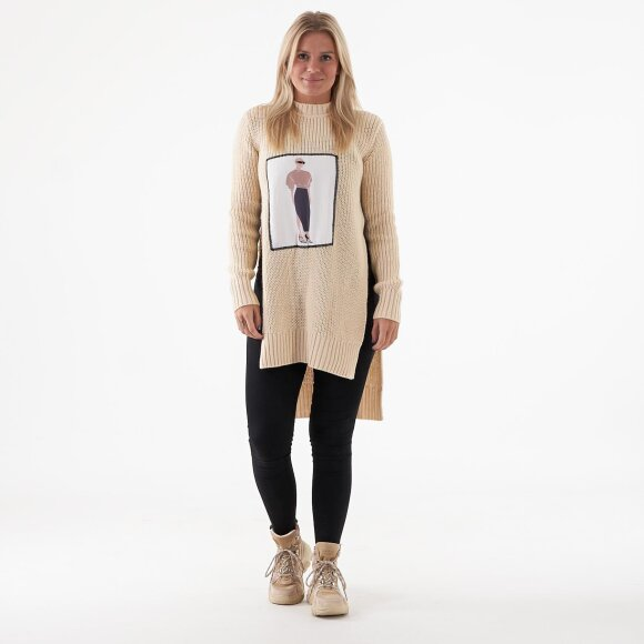 Image of   Applique oversized sweater