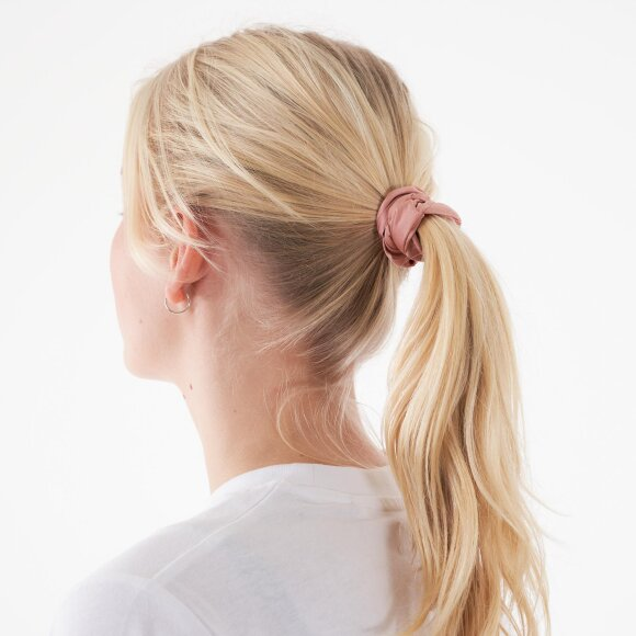 Image of   Pcdaliana scrunchie