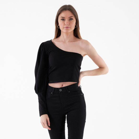 Image of   One puff sleeve crop top