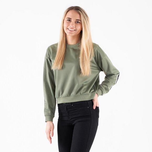 fila Tallis sweatshirt på kingsqueens.dk