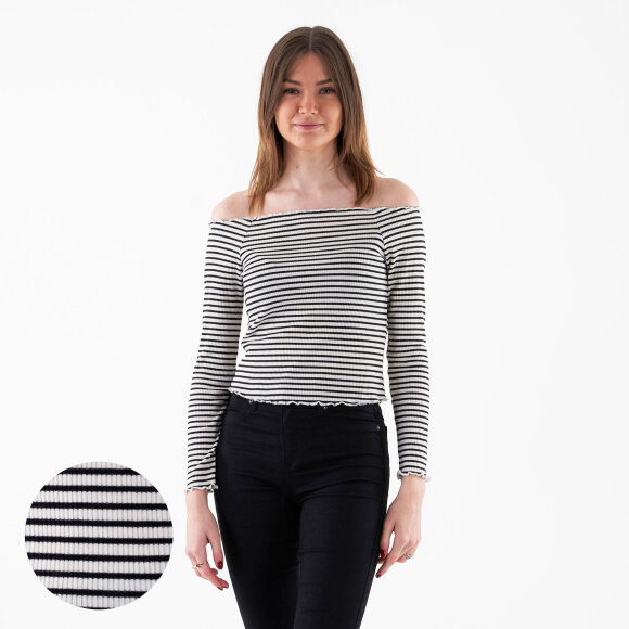 Image of   Pcalicia ls off shoulder top