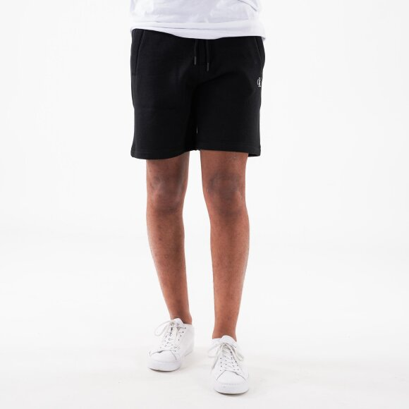 Image of   Ck essential hwk short