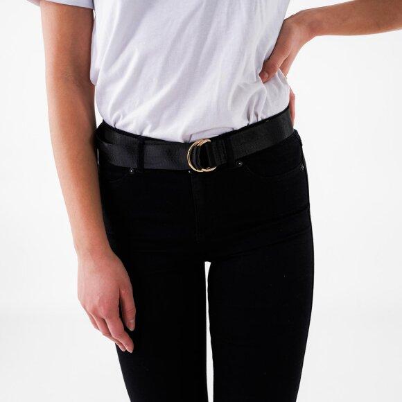 object Objhannah woven belt fra kingsqueens.dk