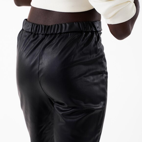 Pieces Womens Pcallen Mw Shorts