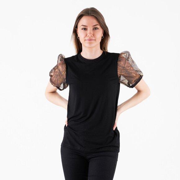 vila Vivanni t-shirt fra kingsqueens.dk