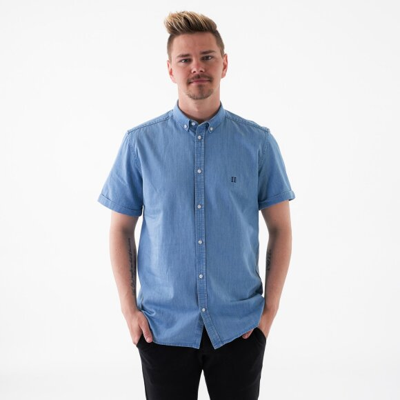Image of   Vagrant chambray ss shirt