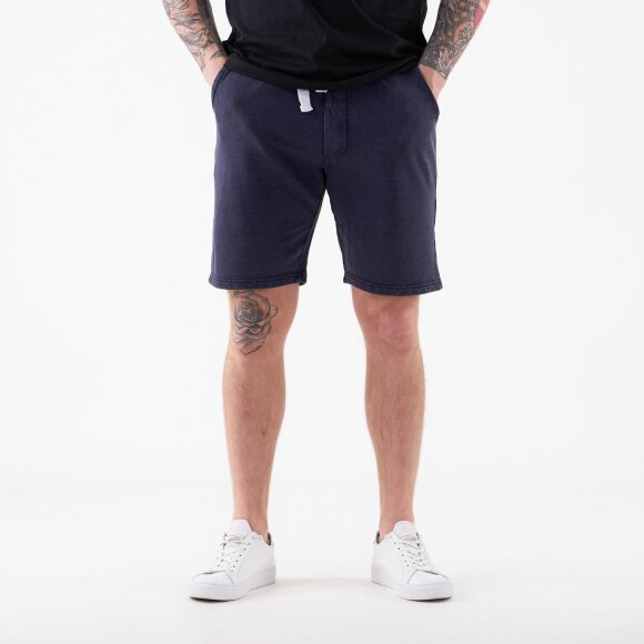 Image of   Poulter shorts