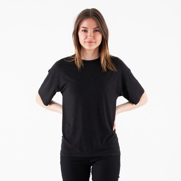Image of   Annie wooltouch tee