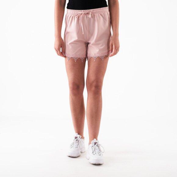 vila Viboudoiri shorts tb/ki fra kingsqueens.dk