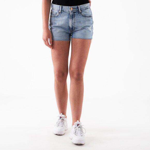 tommy jeans Hot pant denim short fra kingsqueens.dk