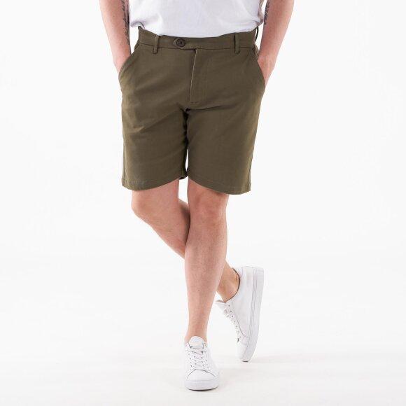 Comfort Chino shorts