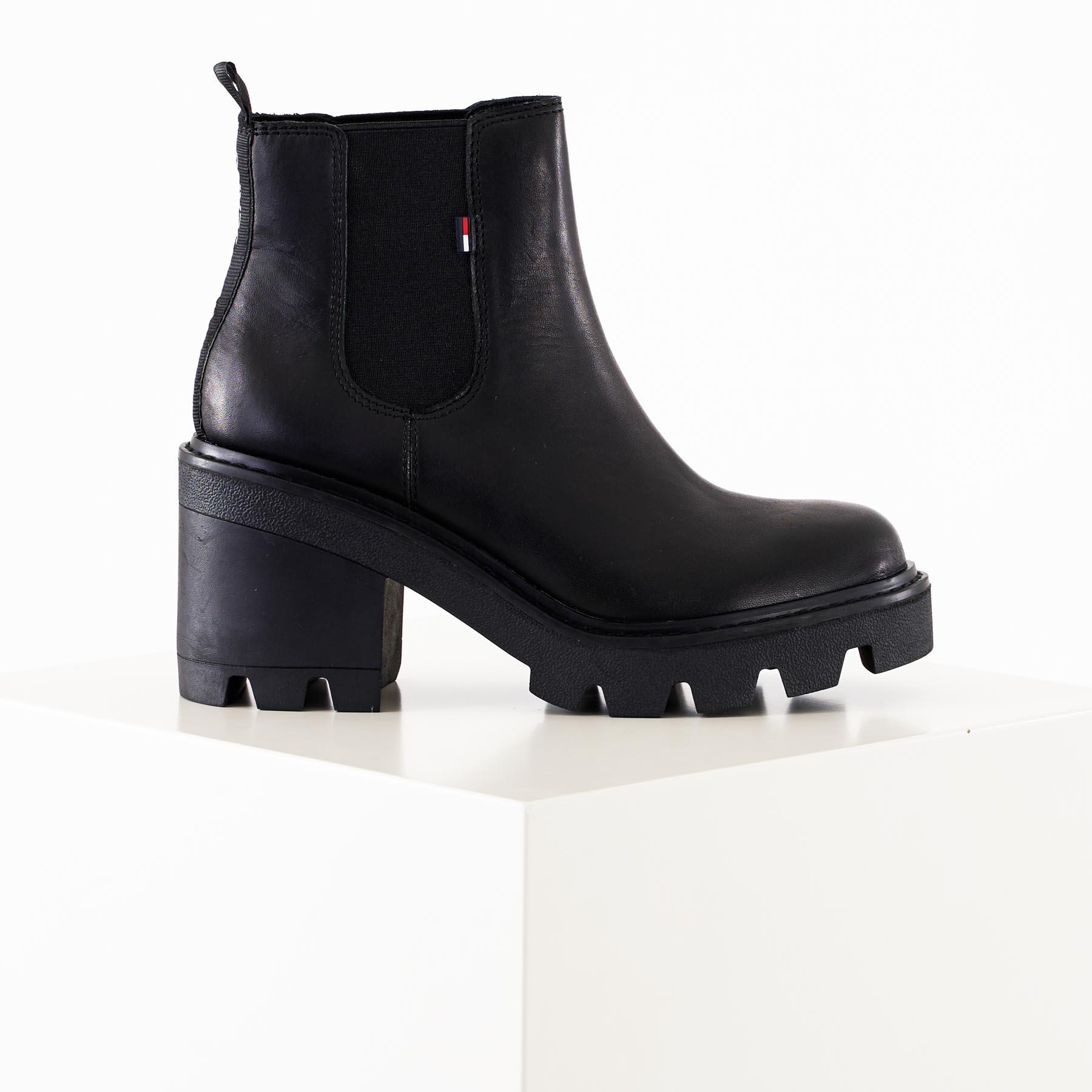 Køb Tommy Hilfiger Shoes – Essential leather midheel boot – Støvler til damer – Sort – 36