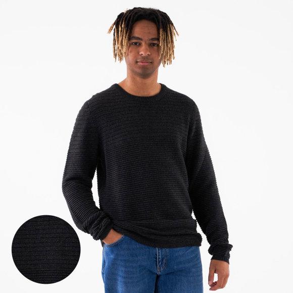 Gunner knit