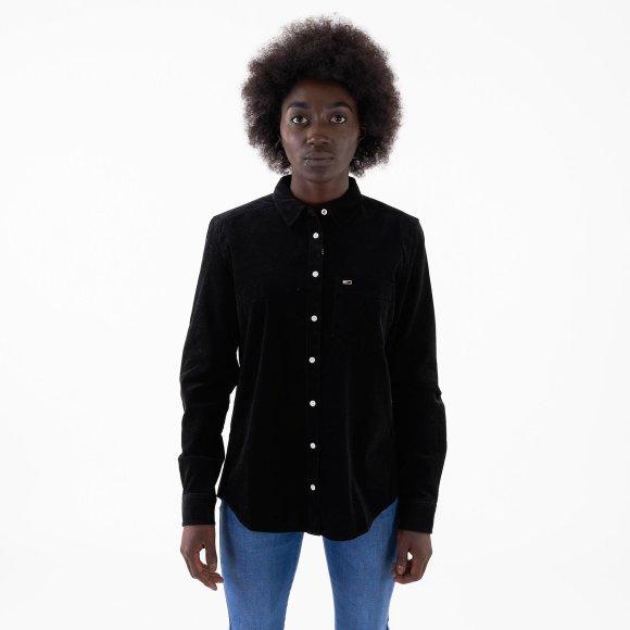 Tjw regular cord shirt fra tommy jeans på kingsqueens.dk