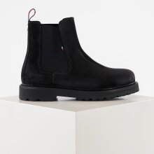 Tommy Hilfiger Shoes - Suede chelsea boot