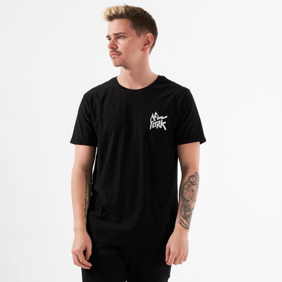 Chester tee