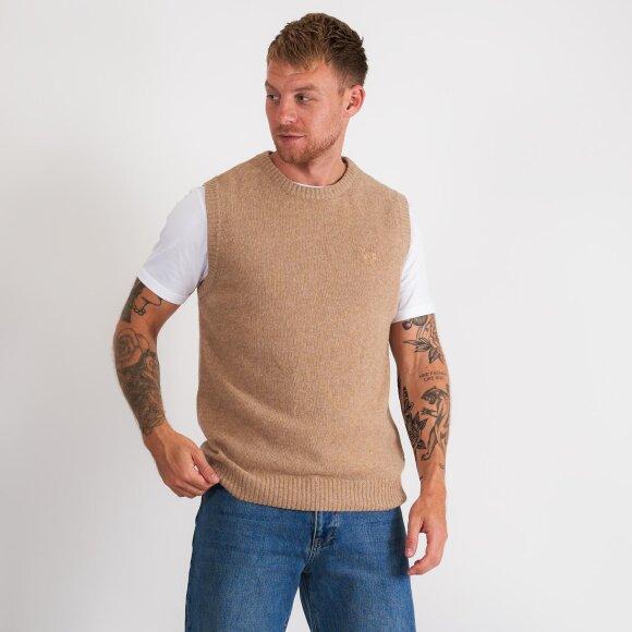 Karl wool vest