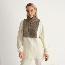 NA-KD - High neck knit vest